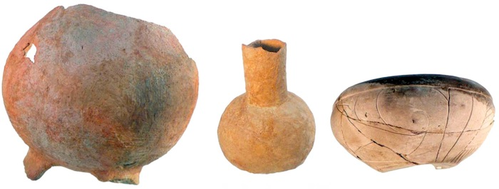 Ancient Olmec pots